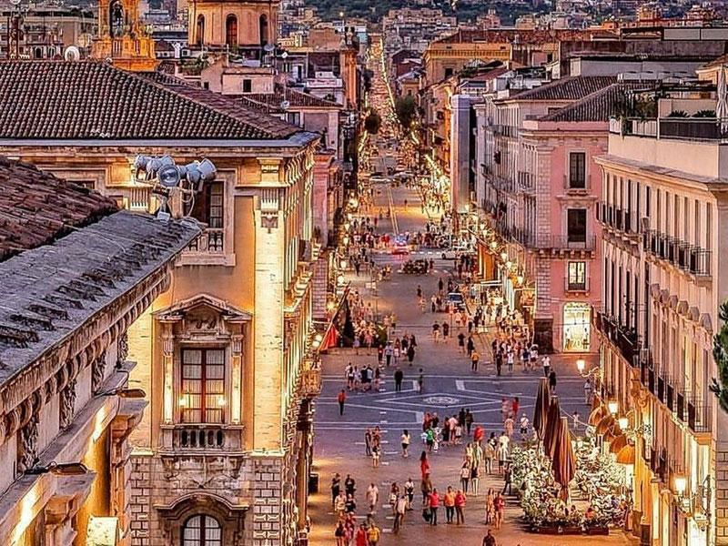 Passeggiata a Catania